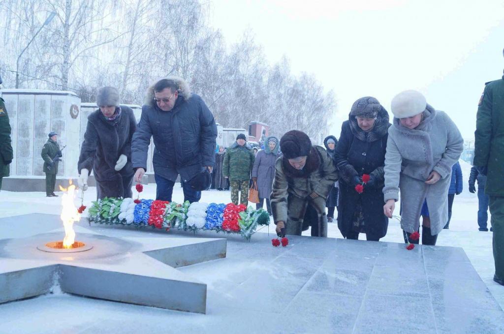 популярный сценка 75 лет снятия блокады ленинграда совместных съемок
